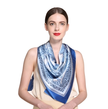Chinese style blue and white porcelain Lady Plain Blue and white porcelain Mulberry gift silk scarves pure silk scarves ceramics blue and white porcelain ceramic vase fashion chinese style rustic porcelain flower