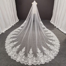 Real Photos Long Lace Bridal Veil with Comb 3.5 Meters 1 Layer Cathedral White Iovry Wedding Veil Wedding Accessories 2020