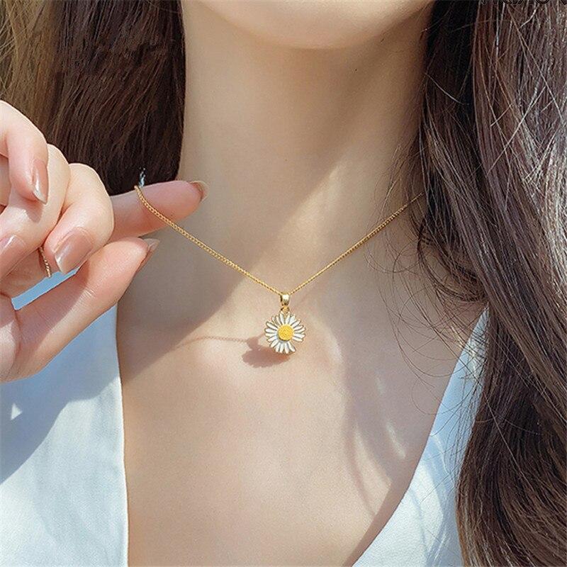 Mode été vacances collier en métal géométrique fleurs Daisy pendentif chaîne clavicule courte chaîne collier pour femmes bijoux