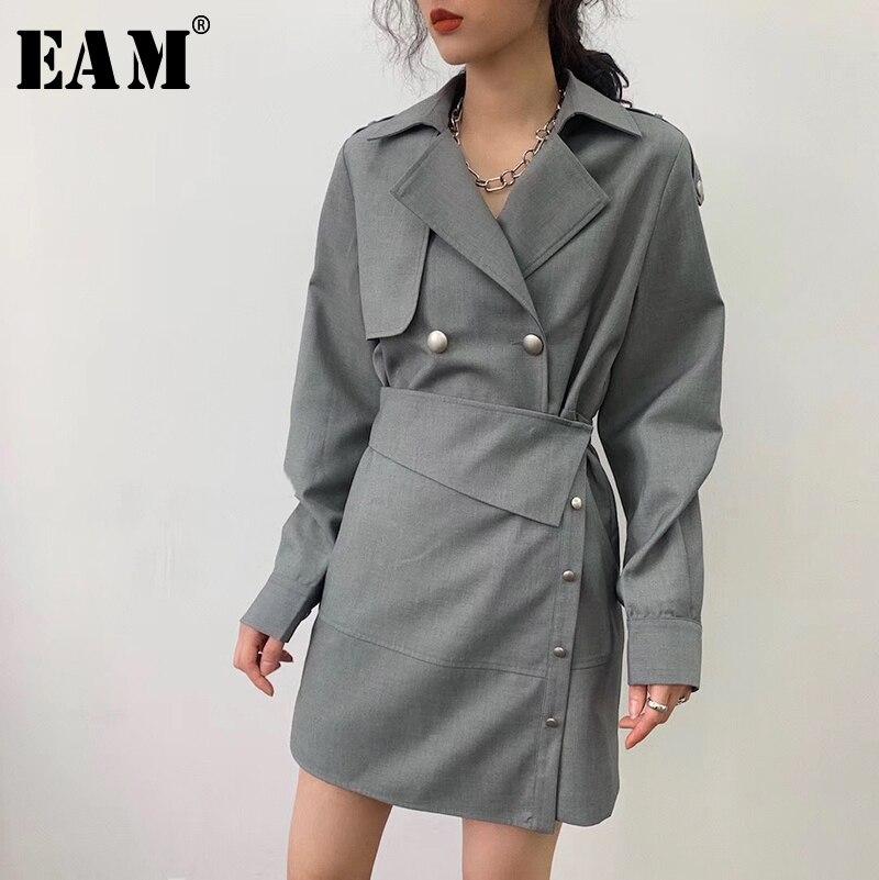 [Eem] kadın gri düğme düzensiz bölünmüş ortak elbise yeni yaka uzun kollu gevşek Fit moda gelgit bahar yaz 2021 1U992