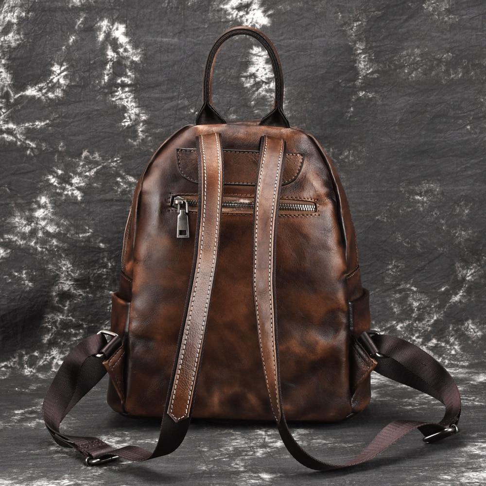 A la suerte de las mujeres de la marca Casual mochilas Vintage genuino cuero de vaca diario de las mujeres mochila de moda de viajes cosméticos-in Mochilas from Maletas y bolsas    3