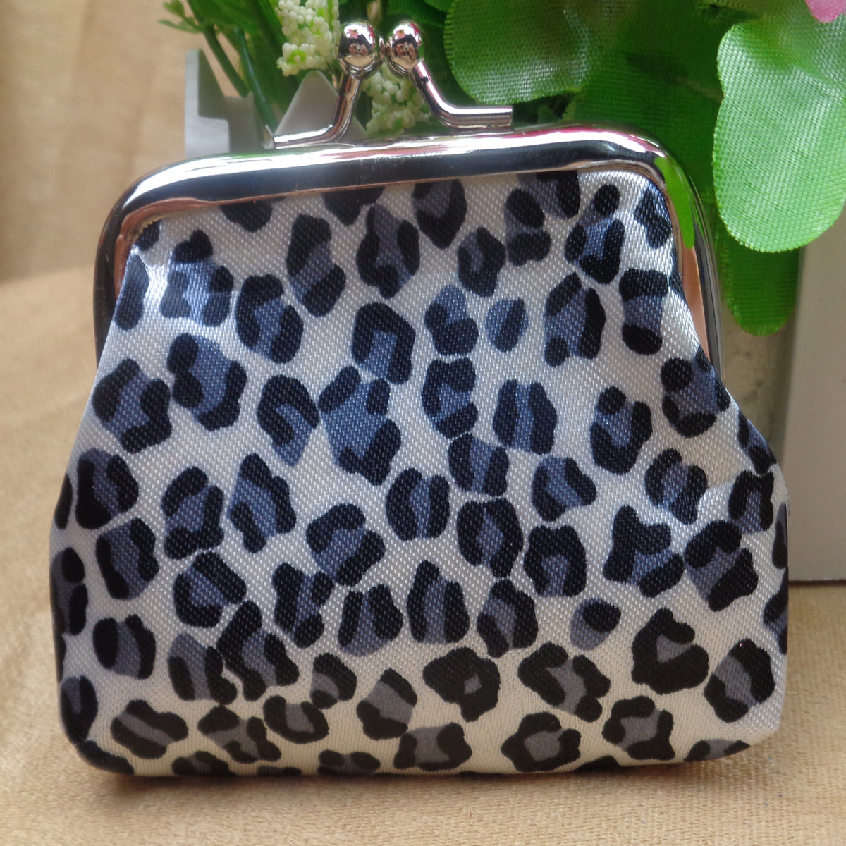Купить с кэшбэком Leopard coin small coin purse buckle fabric coin purse mini coin purse mini bag  clear purse  leather coin purse women