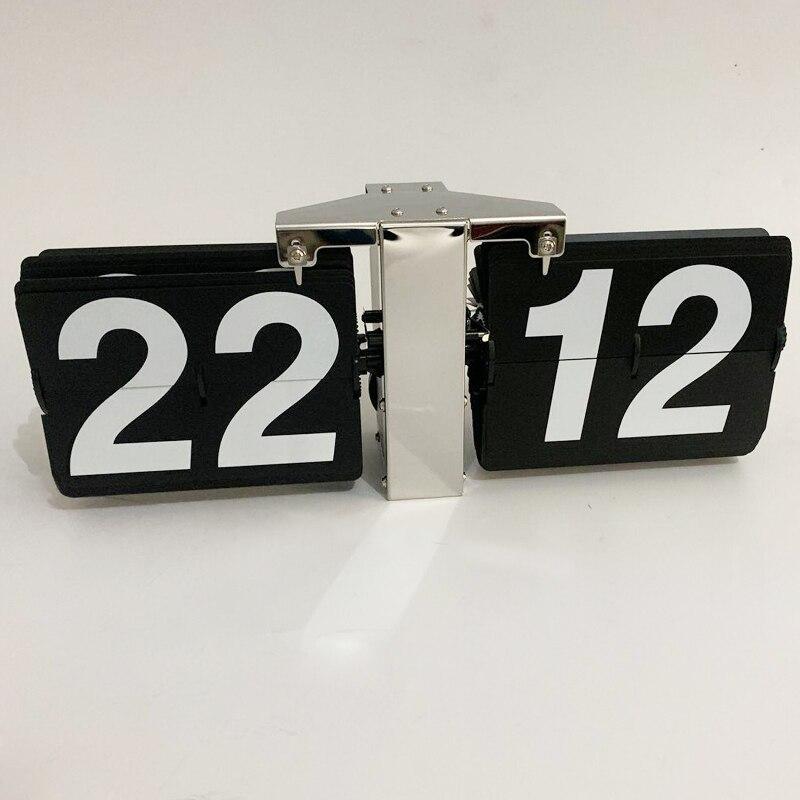 1 قطعة 14 بوصة الحديثة تصميم أسود أبيض السيارات فليب ساعة الطاولة للفن غرفة المعيشة المنزلي الديكور ساعة مكتب-في ساعات الحائط من المنزل والحديقة على  مجموعة 1