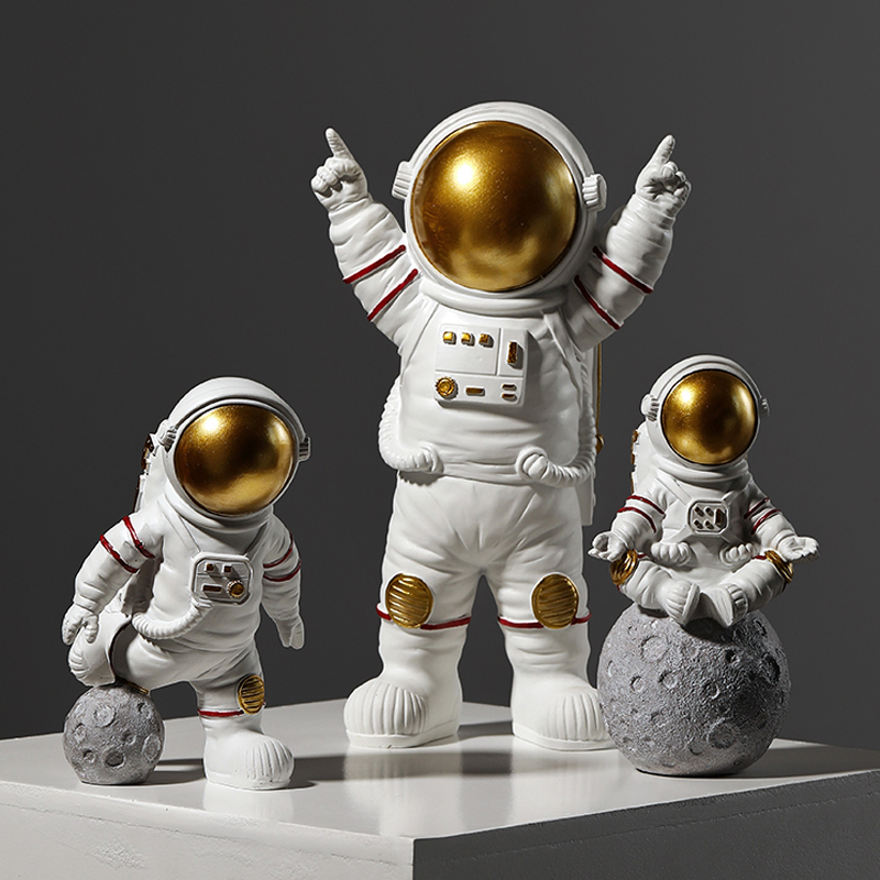 Modern Astronaut Sculpture Resin Figure Statuetes Spaceman Abstract Statue Home Decoration Accessories Craft figurine Decor