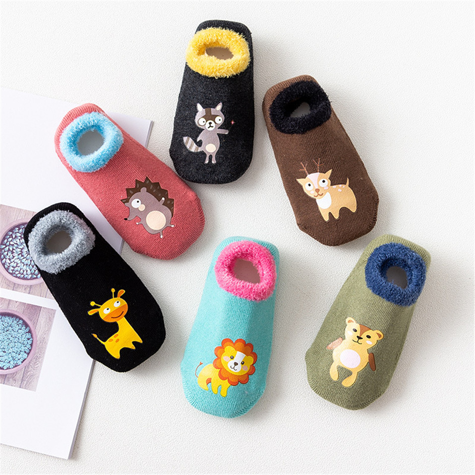 Cotton-Baby-Boys-Girls-Socks-Rubber-Slip-resistant-Floor-Socks-Cartoon-Infant-Kids-Animal-Socks-Winter (4)