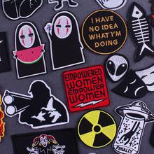 Remendo afastado dos desenhos animados estrangeiro ufo aplique ferro em remendos para roupas carta listras em roupas radiação nuclear crachá