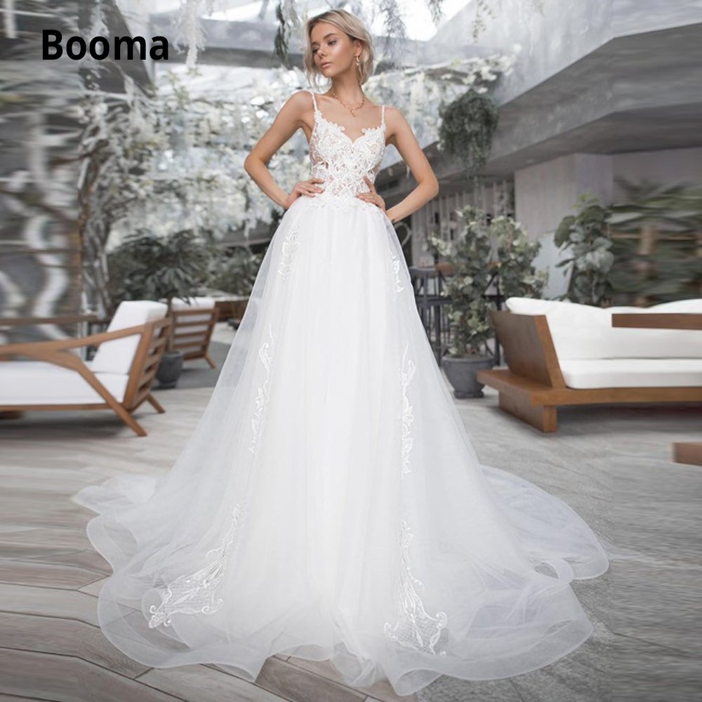 Booma Spaghetti Straps Sleeveless Wedding Dresses Lace 2019 Open Back Bohemian Bridal Gowns White Ivory Beach Wedding Gown Boho