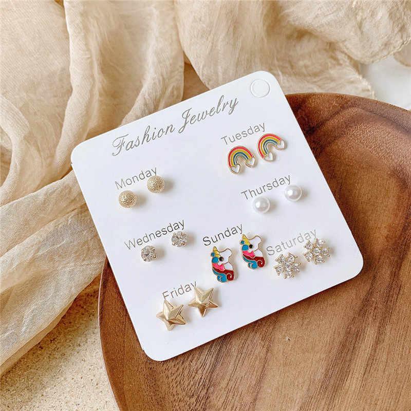 Luokey เกาหลีสไตล์ผู้หญิง MINI ต่างหูคริสตัลหัวใจขนาดเล็ก Unicorn Rainbow Star Moon Stud Earrings เครื่องประดับหูหญิง