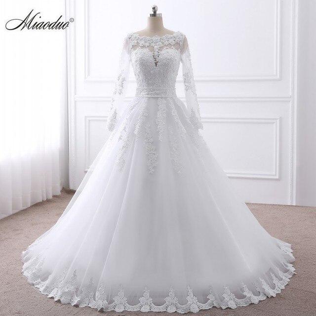 Lace O-Neck Wedding Dress 3