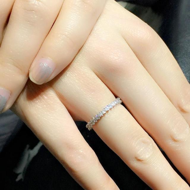 Фото простые круглые милые кольца серебряного цвета для женщин модные цена