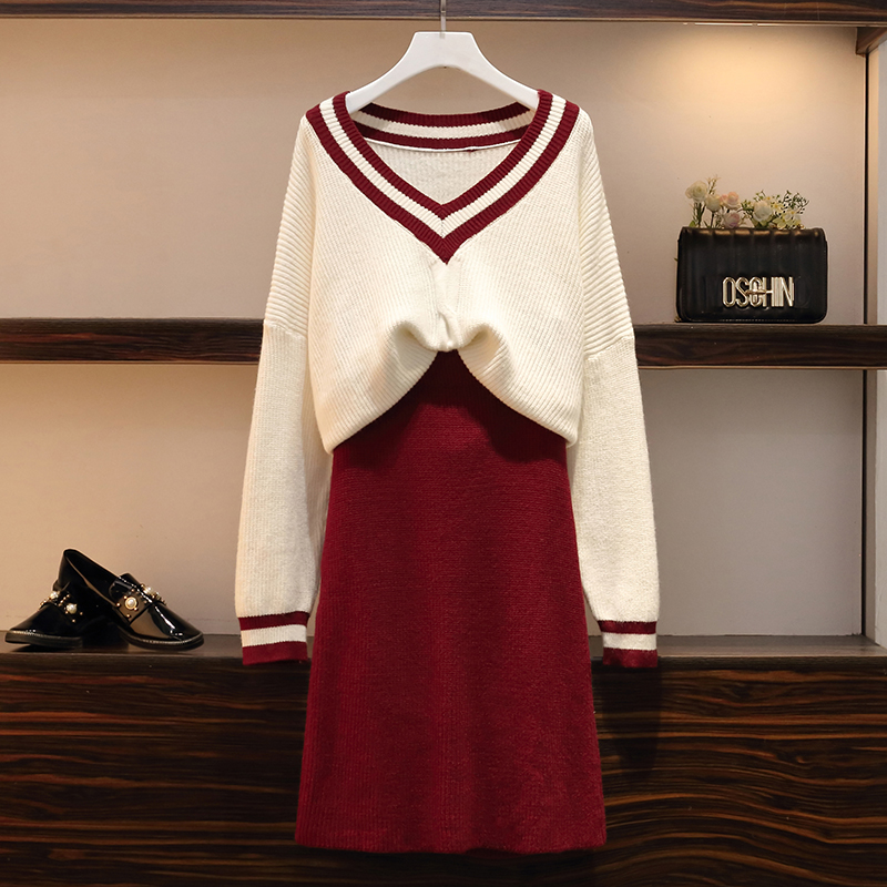 New Large Fashion Net Red V-neck Sweater + Skirt Sweater In Autumn And Winter 2019