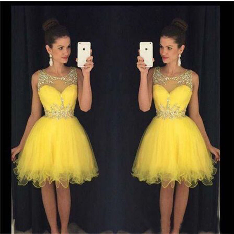 Yellow Appliqeu Lace Beading A-line   Cocktail     Dresses   Simple Sleeveless Scoop Neck Satin Party Gown коктейльное платье