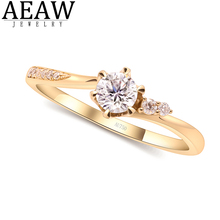 AEAW 0.3ct 4mm Round Cut EF VVS1 Moissanite 925 Silver Ring Diamond Test Passed Fashion Girlfriend Women Christmas Gift