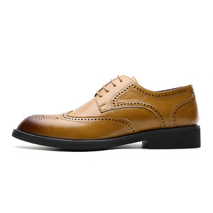 Image 2 - Men Dress Shoes Brogue Style Paty Leather Wedding Men Flats Leather Oxfords Formal Shoes