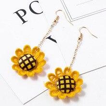 2020 New Arrival Trendy Round Women Dangle Korean Cute Sunflower Earrings Holiday Beach Big Flower Earrings for Female
