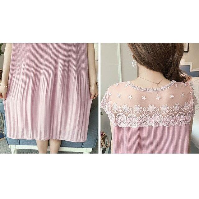 Sleeveless Lace Maternity Dress 6