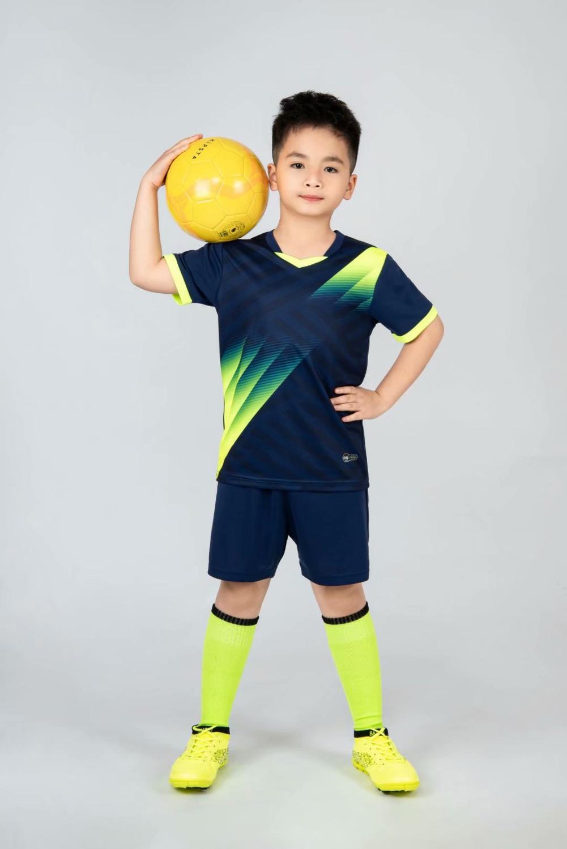 Kids football Uniforms boys girl soccer Jerseys Custom child Soccer Jersey Set Sportswear t-shirt sports suit new style 12