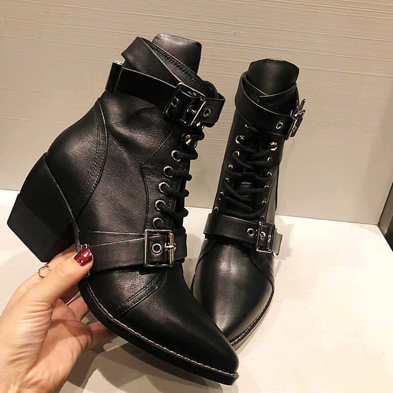 Içi boş botlar bayan deri topuklu ayakkabı yarım çizmeler kadınlar için kış Botas Mujer sivri burun Botas Feminina rahat Zapatos De Mujer