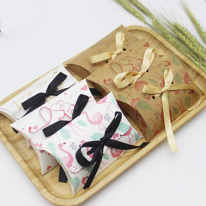 10set New Arrival Vintage Paper Gifts Box Pillow Shape Box Diy Thank You Candy Favors Baby Show Gifts Package