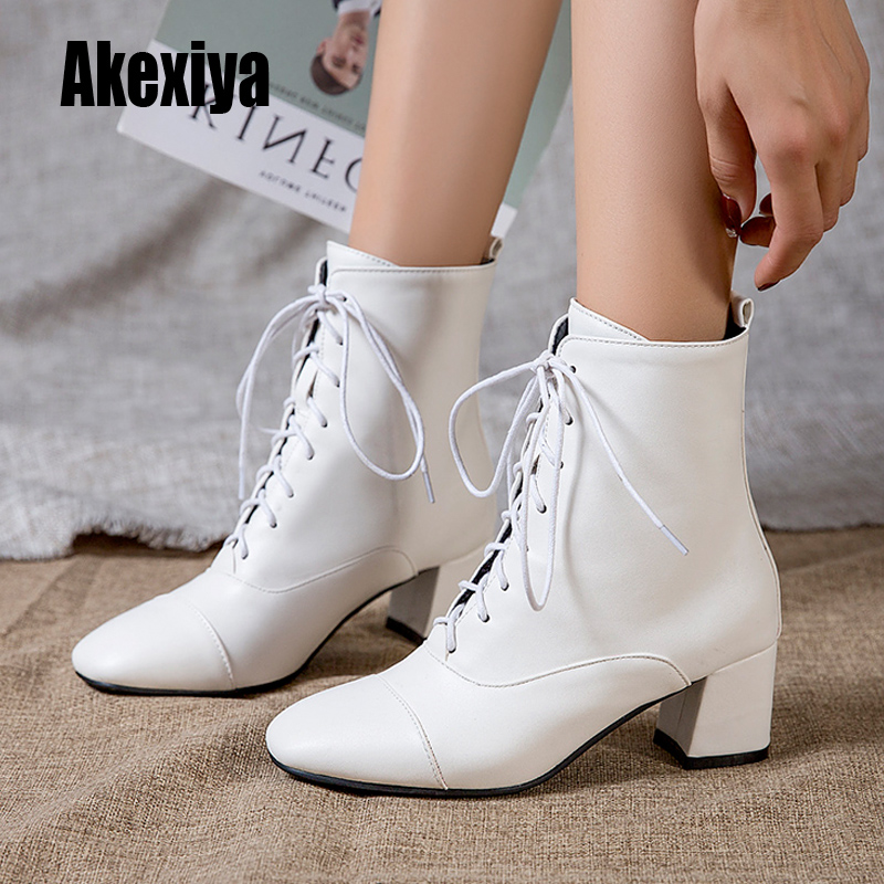 US $23.7 46% OFF|Women Shoes Pumps Round Head Lace Up leather Boots Rome Style Women Shoes Boots black White Winter 2020 k435 in Ankle Boots from