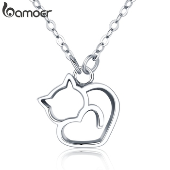 925 Sterling Silver Lovely Cat Exquisite Pendant Necklace