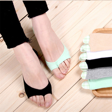 1Pair Spring summer women socks Solid color fashion wild shallow mouth invisible socks slipper Toe socks solid color invisible men s bamboo socks in gray