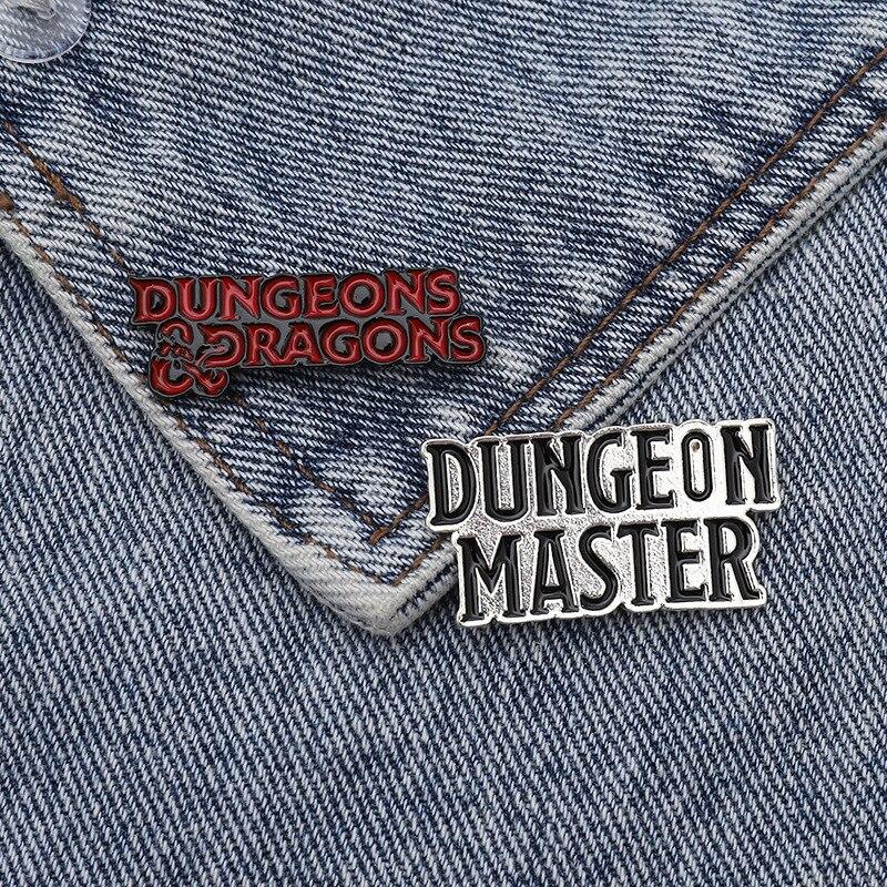 Эмалевая брошь в стиле панк DnD Dungeon Master Подземелья и Драконы, брошь на заказ, значки для сумок и одежды D20, украшения для ролевых игр для фанато...