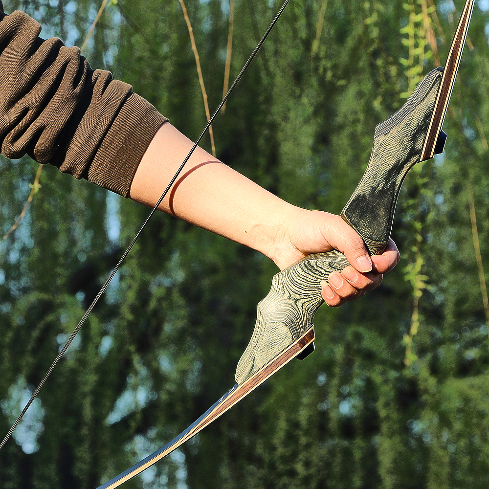 Archery Takedown Recurve Bow Hunting Right Hand Wooden Riser Laminated Bow Limbs