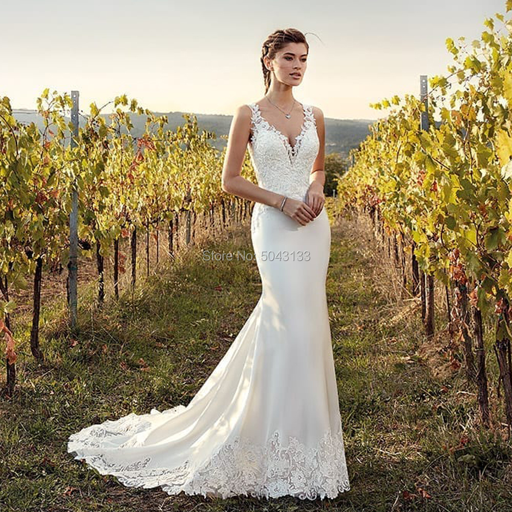 Vintage Appliques Mermaid Wedding Dresses Off The Shoulder V Neck Bridal Gown 2019 Soft Satin Sleeveless White Ivory Bride Dress
