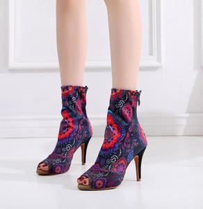 Image 4 - 여성 살사 재즈 볼룸 라틴 댄스 신발 춤 여성 표준 숙녀 탱고 댄스 힐 꽃 1018 부츠