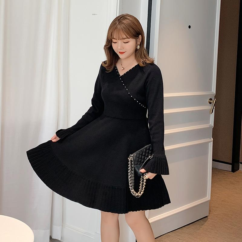 Automne plissé femmes grande taille robe hiver élastique volants tenue décontractée femmes col en v grande taille robes grande taille robes de bureau
