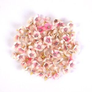 Image 3 - Mini flores artificiais de seda, 50 peças 2cm margarida cabeça de flor para decoração de casamento casa diy guirlanda endereço de cabeça flores falsas decoração