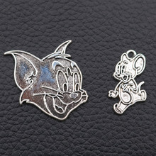 WKOUD/10pcs Tibetan Silver Cute Cartoon Cat & Mouse Pendant Necklace Bracelet DIY Metal Jewelry Findings Comic Fans Gift