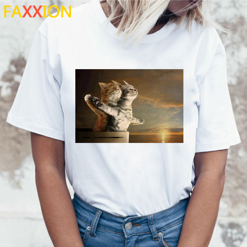 2020 Funny Cat Short Sleeve TShirt For Women Harajuku New Summer T-shirt Kawaii Cats White Tshirt Fashion Top Tees Female