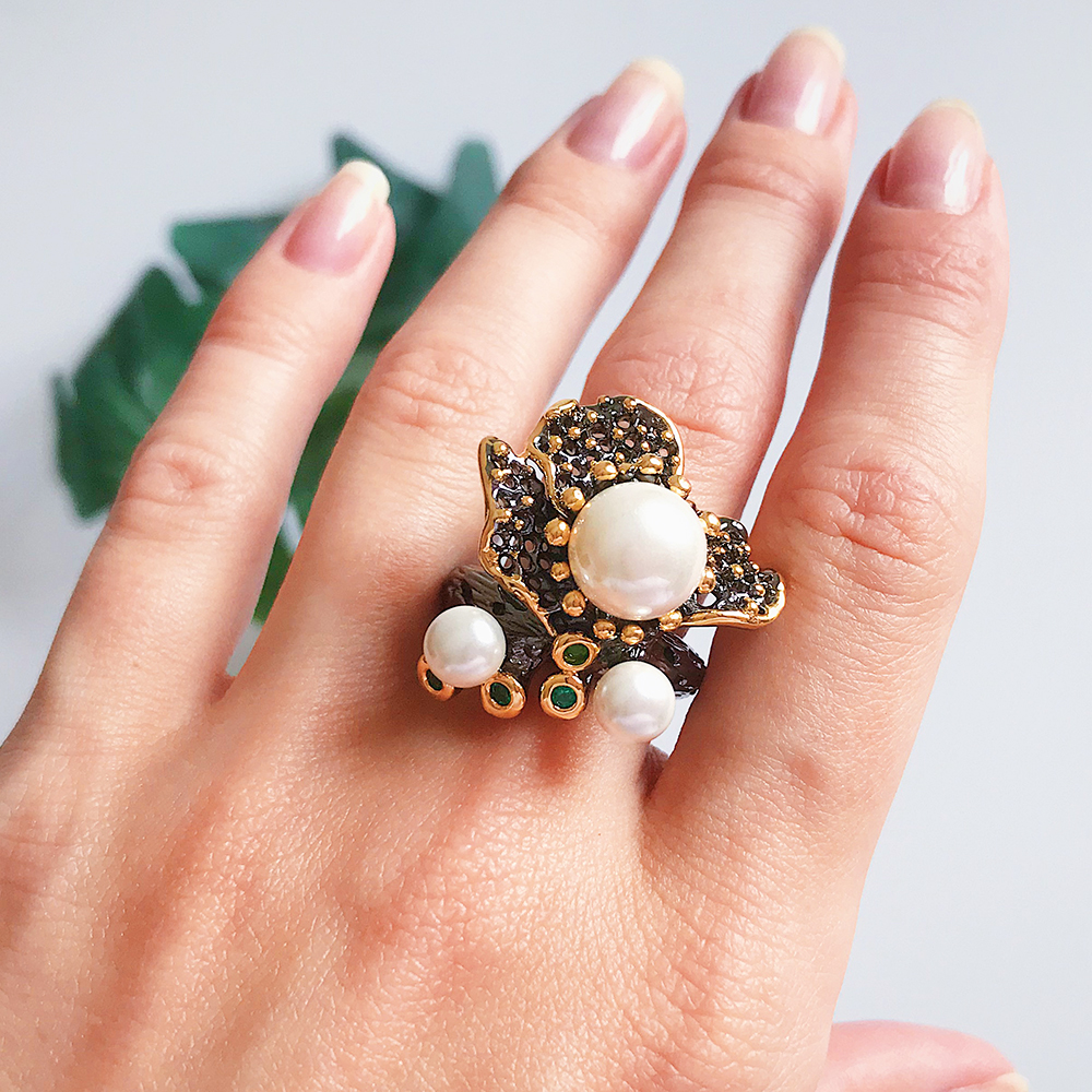 Punk Irregular Pearl Ring Gun Black Vintage Jewellery for Cocktail Party Flying butterfly Rings
