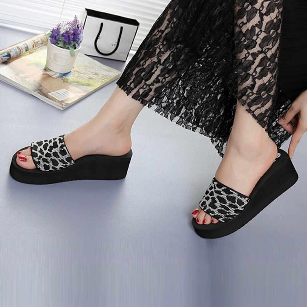 Kadın rahat yazlık terlik Platform sandaletler plaj ayakkabısı Anti-skid Flip flop kadınlar baskı takozlar terlik kalın alt ayakkabı
