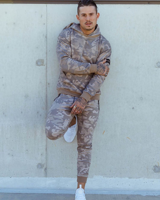 Men  Sweat Suits Tracksuit Camouflage Two-piece Suit Hoodies and Pants Hunting Outdoor Sports Clothes for Men 5