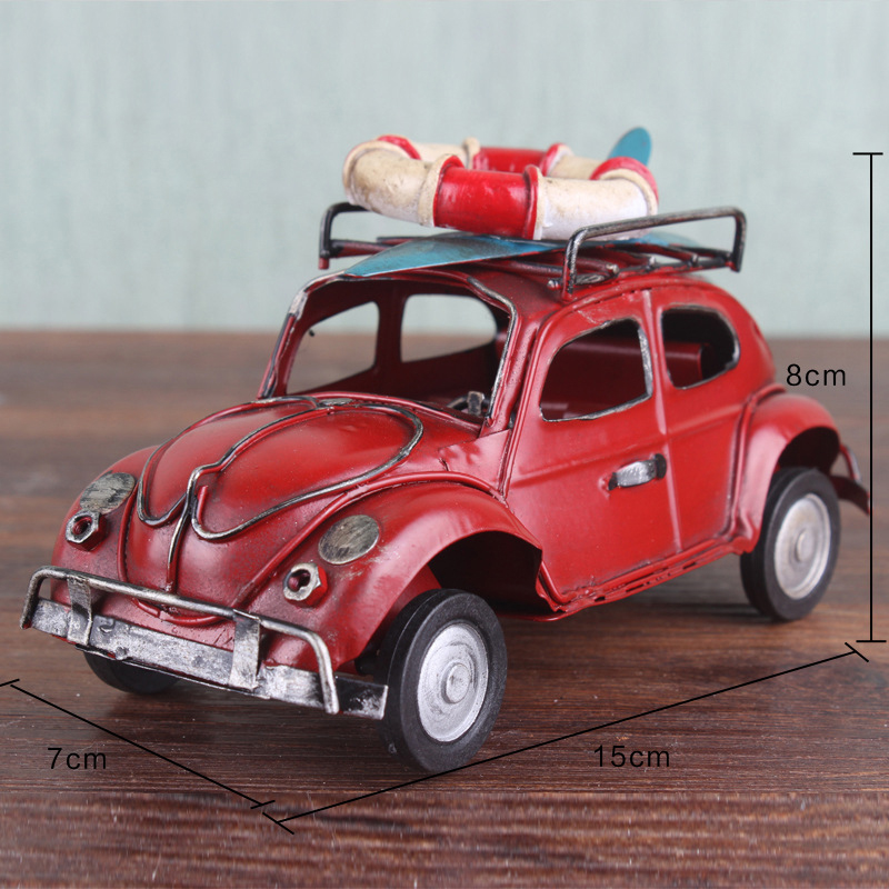 Retro klassisches rotes Metall-LKW-Modell Kids Christmas Tabletop Gift Decor