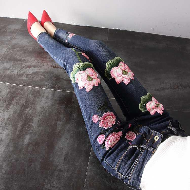 Темно-синие джинсы женские Большие размеры джинсовые брюки весна осень джинсы с вышивкой цветы тонкие узкие брюки Calsas джинсы Feminina