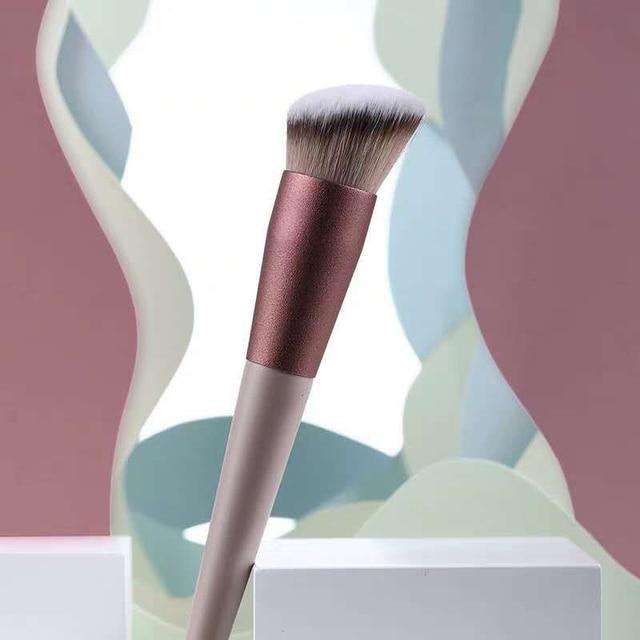 13pcs Professional Makeup Brush Set Soft Fur Beauty Highlighter Powder Foundation Concealer Multifunctional Cosmetic Tool Makeup 3
