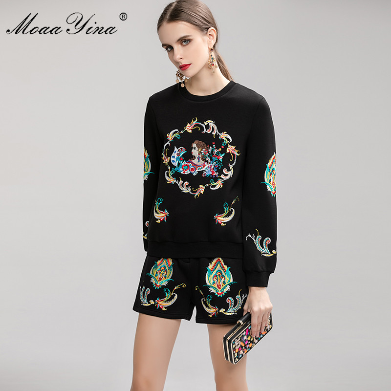 Image 2 - MoaaYina Fashion Designer Suit Spring Autumn Women Embroidery  Pullover knitting Tops Shorts Elegant Two piece setWomens Sets   -