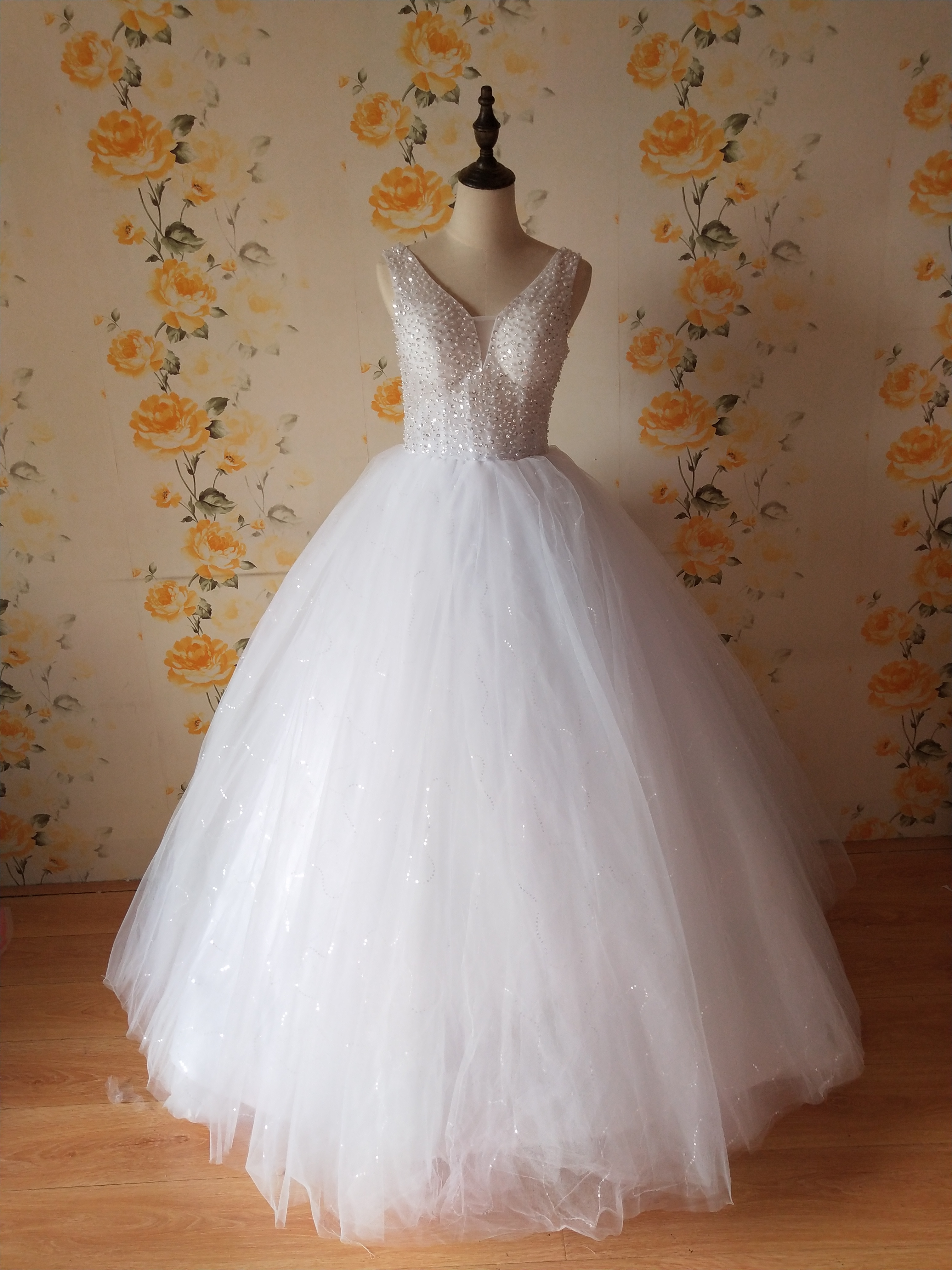 ZJ9098 2020 2019 New White Ivory Elegant O Neck Wedding Dresses For Brides Bottom Lace Customer Made