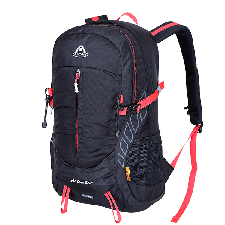 Guangzhou Outdoor Hiking Backpack Travel Backpack Casual Waterproof Sports Bag Sample OEM