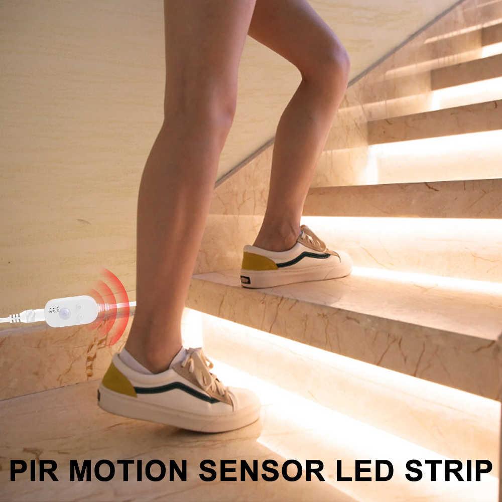 5V PIR LED مصباح الخزانة الشريط مستشعر حركة لاسلكي مصباح المطبخ إضاءة الخزانة مصباح شريط إضاءة مقاوم للماء USB LED الإضاءة الشريط