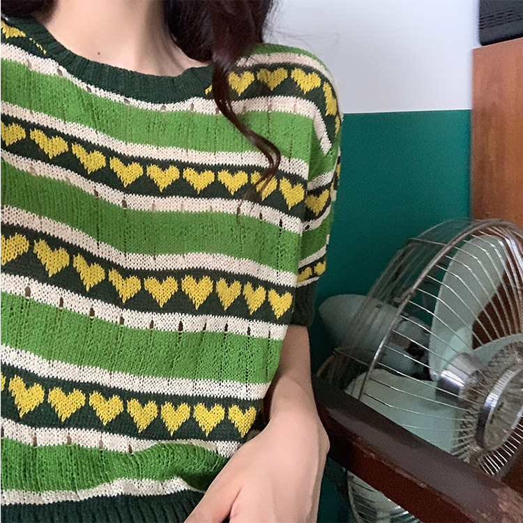 Photo Shoot ~ Avocado Green Knitted T-shirt Smoothie Thin Short Knitted Sweater image