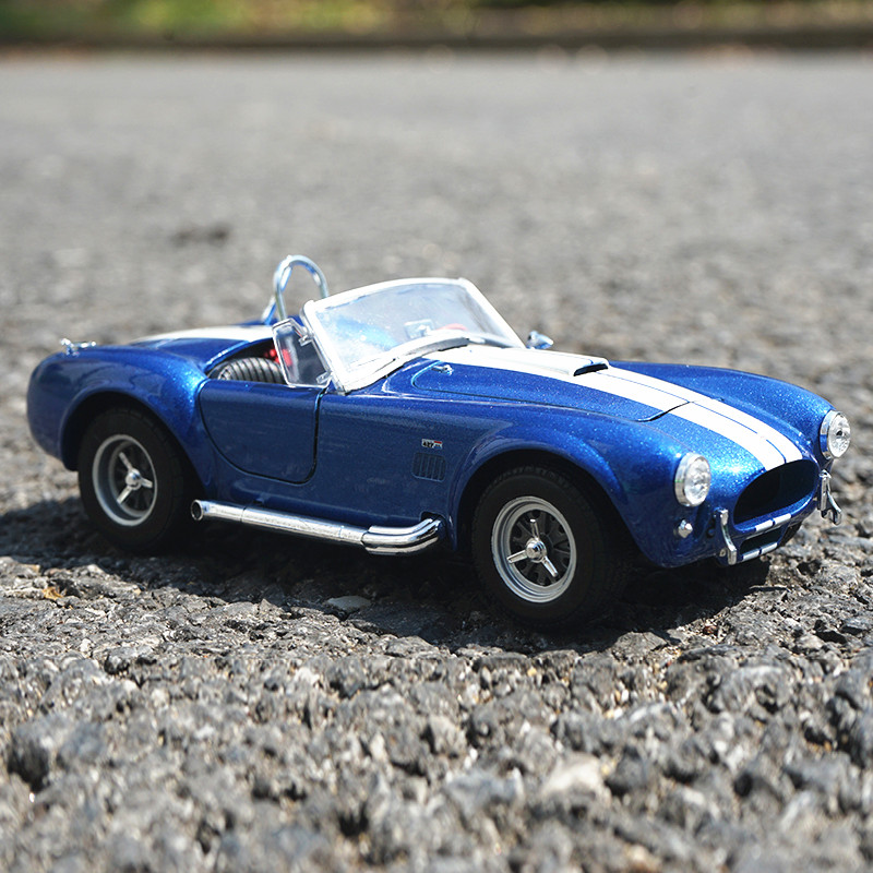 Welly 1:24 1965 SHELBY COBRA alloy car model Diecasts & Toy Vehicles Collect gifts Non-remote control type transport toy