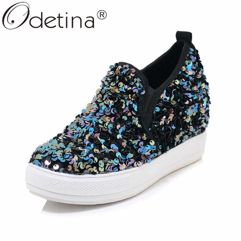 Odetina ผู้หญิงซ่อนรองเท้าส้นสูง Wedge Sequins Loafers เงาสไตล์นุ่มเดินหนาด้านล่างขนาดใหญ่ 46