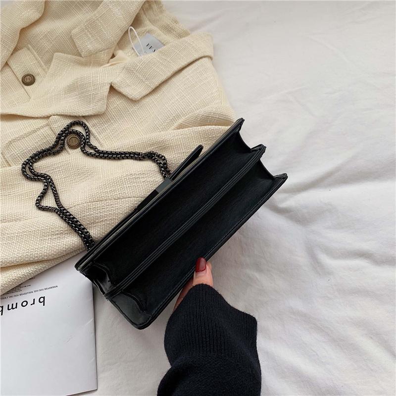 CLICSAC ᴼᴿᴵᴳᴵᴻᴬᴸ Sac à bandoulière Rivet Chaine