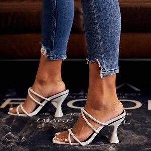 Image 3 - Kcenid SLIP บนรองเท้าแตะผู้หญิง 2020 อินเทรนด์ถ้วยรองเท้าส้นสูงสีขาวรองเท้าผู้หญิงฤดูร้อนรองเท้าแตะสุภาพสตรีชายหาด flops