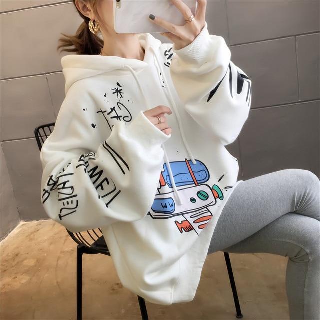 Harajuku Cartoons Printed Graphics Oversized Hoodies Women Winter Autumn Fleece Hooded Sweatshirt Cute Pockets Pullover Tops 2